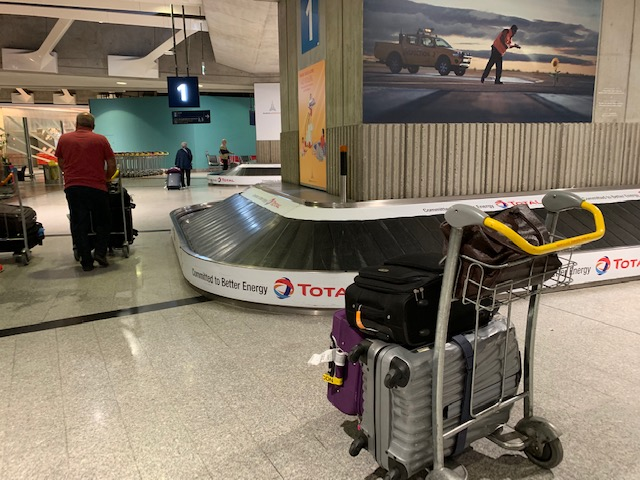 cdg airport turntable